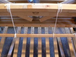 treadles and tie-on rod