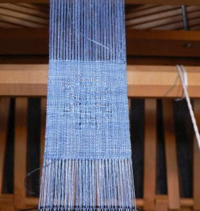 woad-dyed snowflake in huck lace