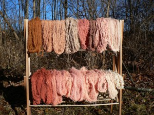 drying rack madder yarns